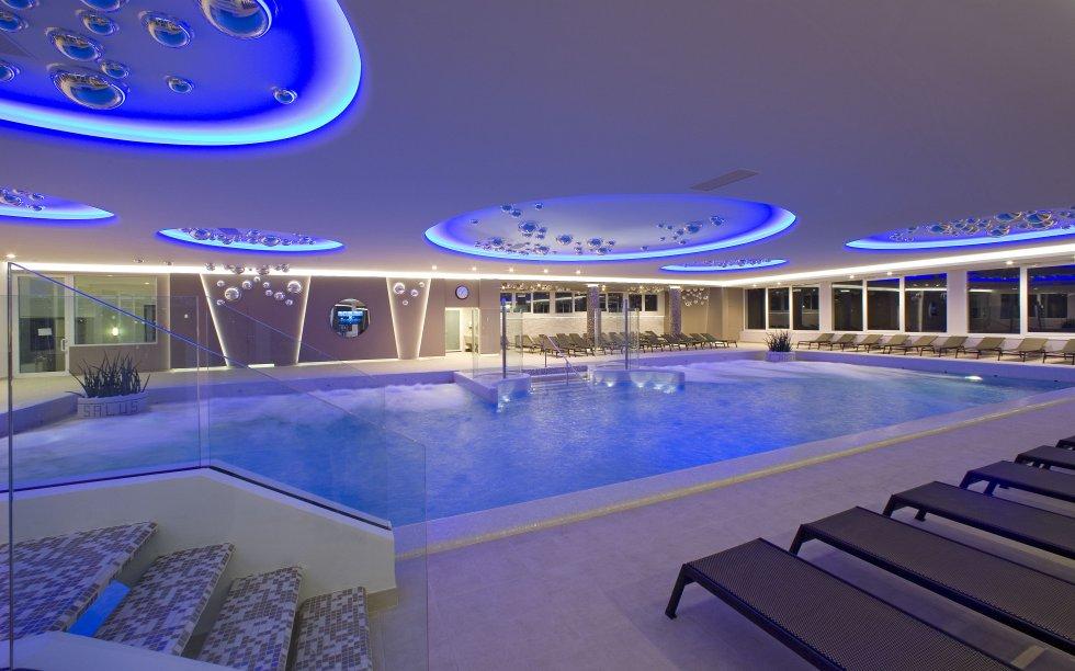 Ogni viaggio e speso bene falktravel italia for Abano terme piscine