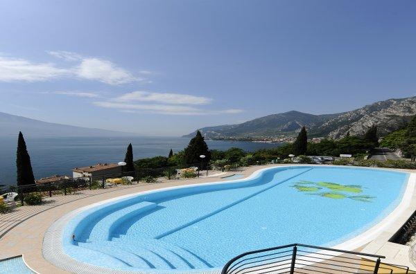 Hotel Villa Dirce**** a Limone sul Garda