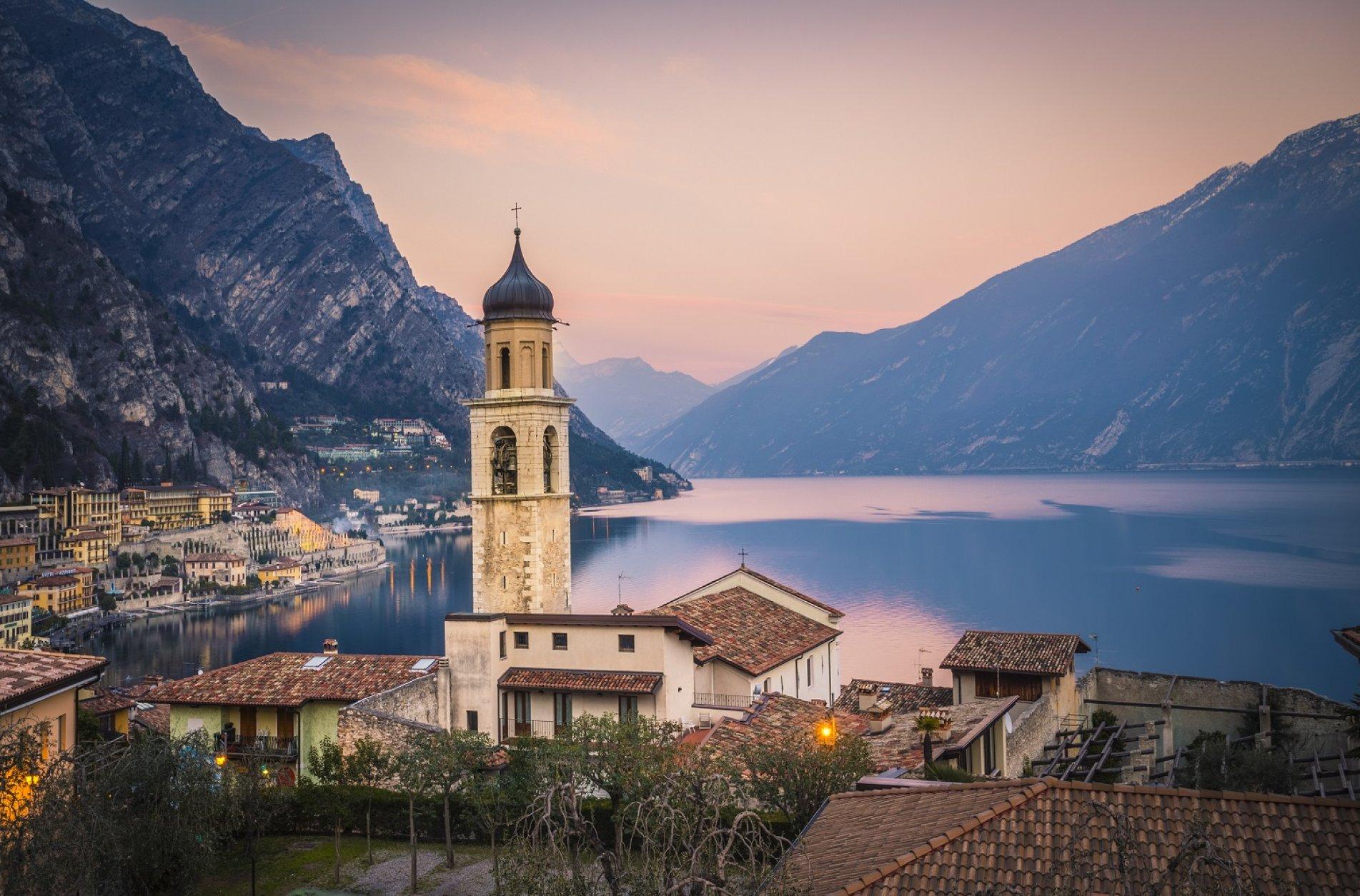 Hotel All` Azzurro**** - Limone sul Garda