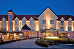 Thermenhotel Vier Jahreszeiten**** - Lutzmannsburg / Burgenland